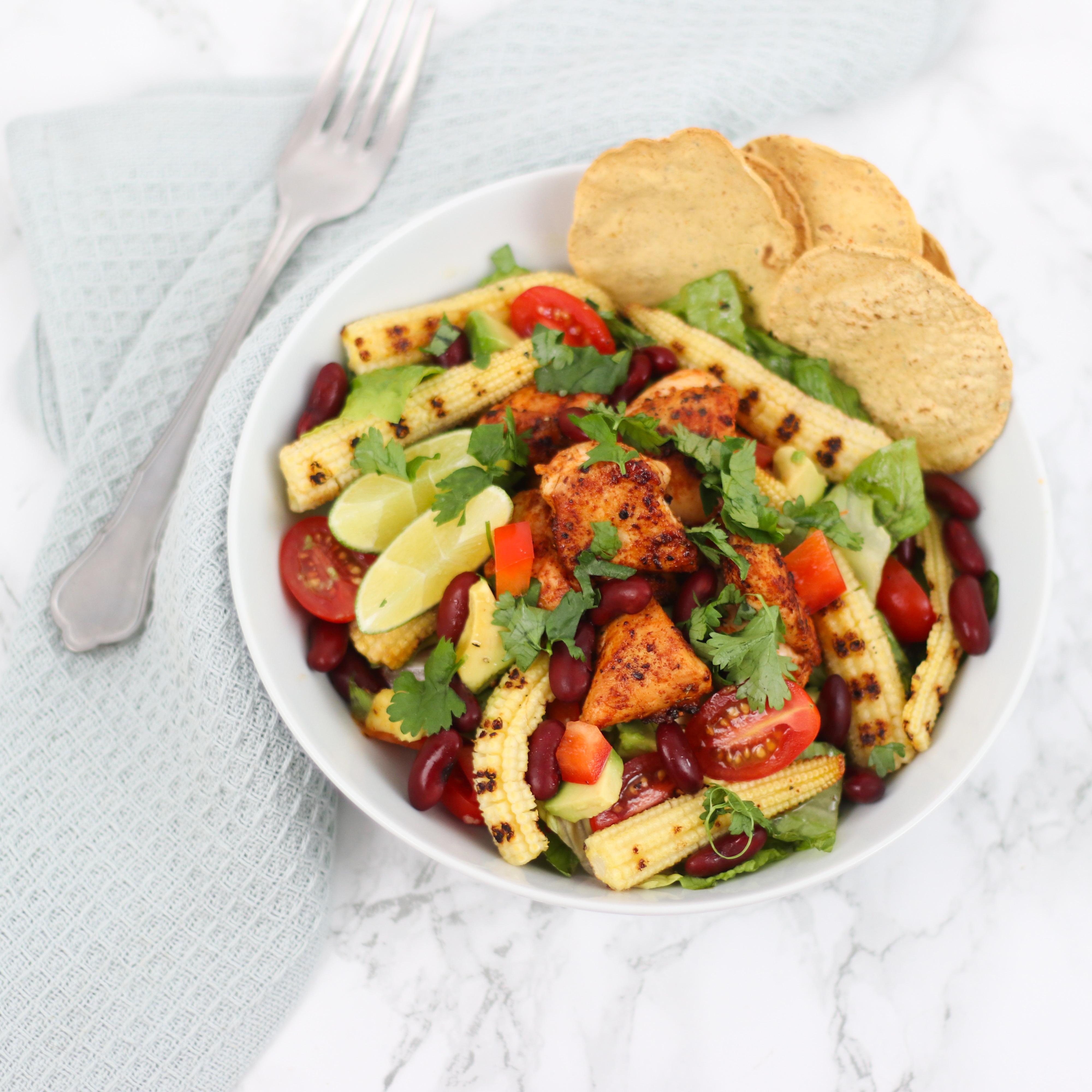 Mexicaanse salade met mini maïs